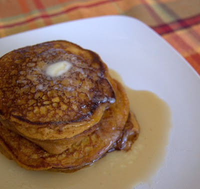 Whole Wheat Pumpkin Pancakes - whole wheat pancakes flavored with pumpkin puree and pumpkin spice. This makes a great Fall breakfast.