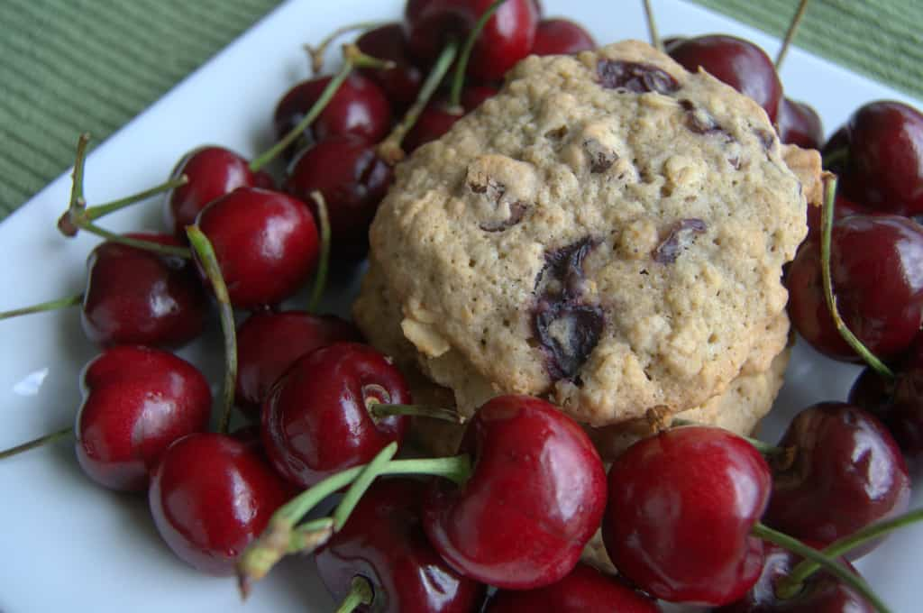 Dark Chocolate Cherry Oatmeal Cookies