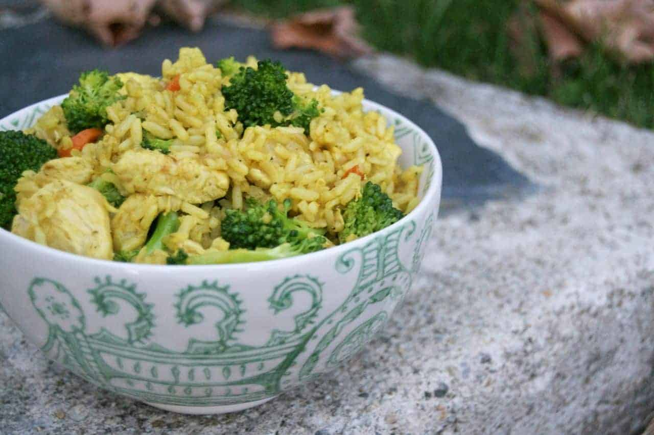 Curried Rice with Chicken and Veggies - easy, quick, tasty and perfect for a busy weeknight!