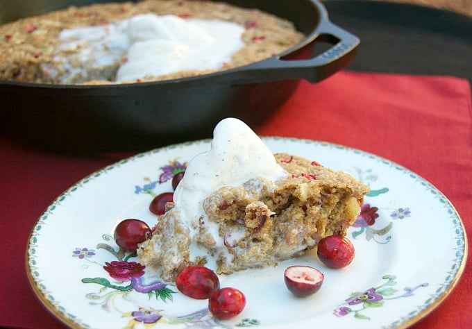 Fresh cranberries and apple combined with Quaker Oats, cinnamon and more baked in a skillet to make a delicious and fun holiday dessert!