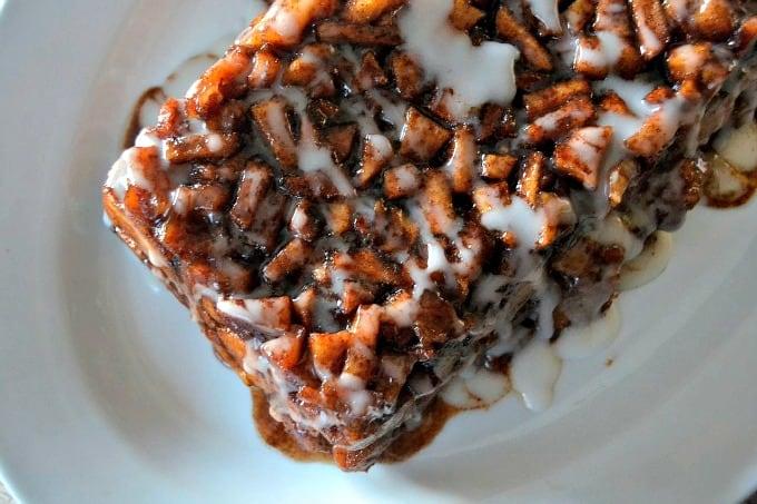 Cinnamon-Apple-Sweet Rolls-Monkey-Bread-3