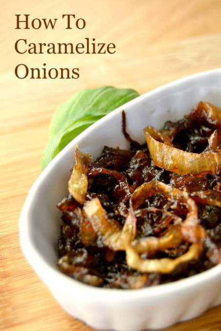 Easy caramelized onions - the perfect topping for burgers, sandwiches and steaks!