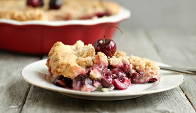 Cherry-Crumb-Pie
