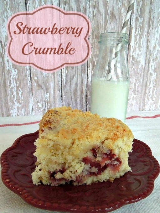 Strawberry-Crumble-Cake