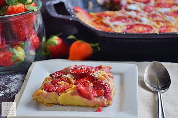 strawberry-clafoutis-h567
