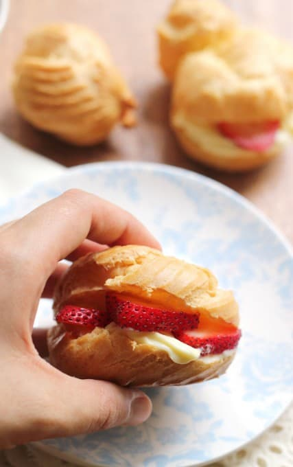 strawberry-shortcake-cream-puffs