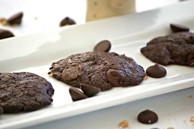 If you like rich, chewy brownies then you'll love these chewy, chocolatey Kahlua Brownie cookies!