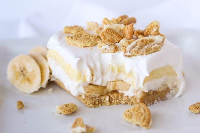 Bananas, Golden Oreos, pudding and cheesecake make this NO Bake dessert extra delicious.