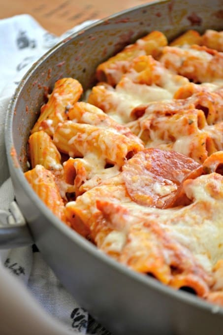 This Pepperoni Pizza Pasta is pepperoni and rigatoni mixed with a cheesy pizza sauce full of taste. It's a new alternative to pizza night!