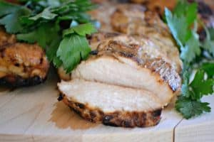 This Easy Chicken Marinademade of soy sauce, orange marmalade, lemon juice and ginger is SO easy and it's sure to make grill night a tasty one! 365daysofbakingandmore.com