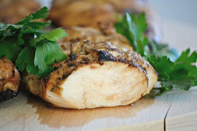 This Easy Chicken Marinademade of soy sauce, orange marmalade, lemon juice and ginger, so easy and and is sure to make grill night a tasty one! 365daysofbakingandmore.com