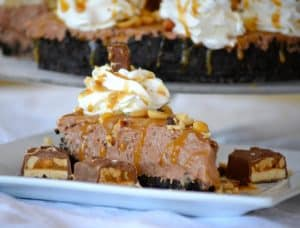 No Bake Nutella Snickers Pie