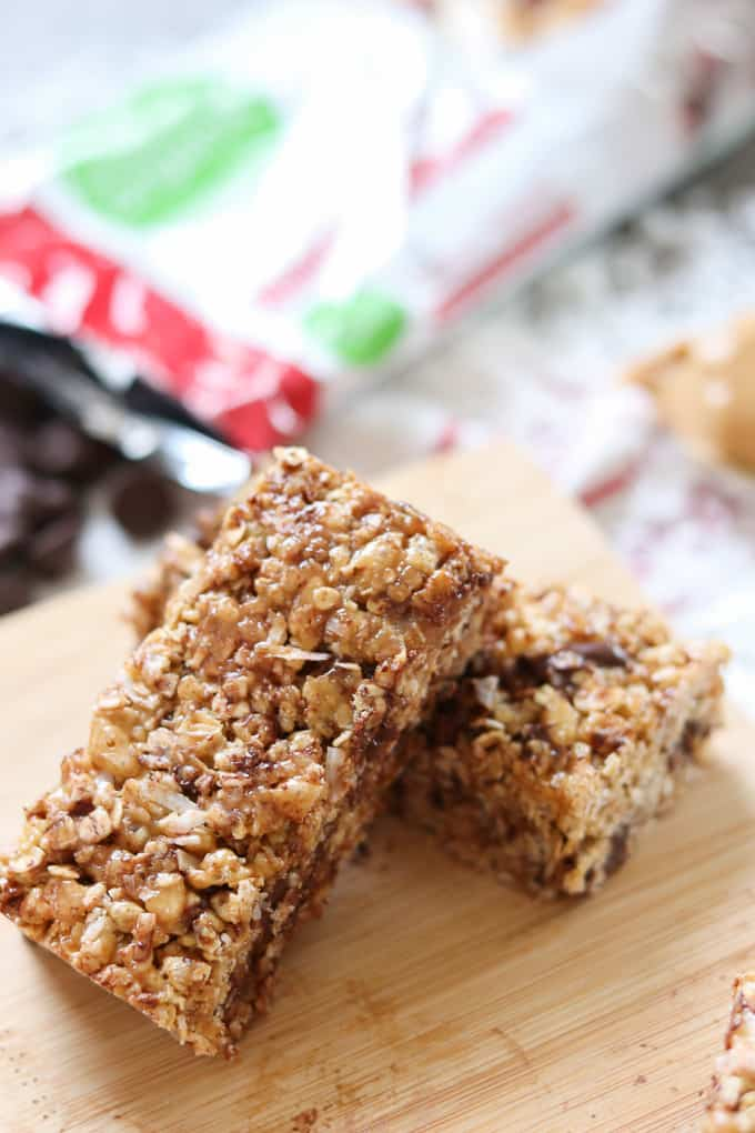 Need something quick in the morning? Grab one of these No-Bake Rice Krispies Granola Bars. It's ok to have chocolate in the morning!