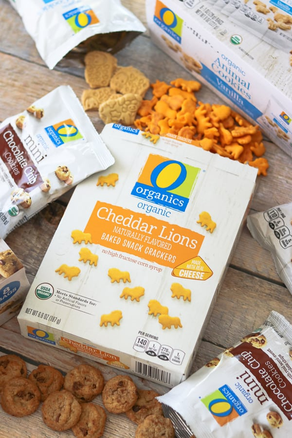 O Organic snack assortment of cookies and crackers.