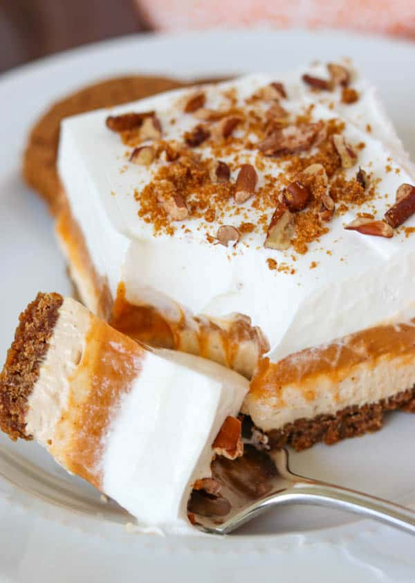 These layered No Bake Pumpkin Dream Bars are sure to be a crowd pleaser this Thanksgiving!