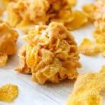 Biscuits au flocons de maïs au beurre d'arachide faciles