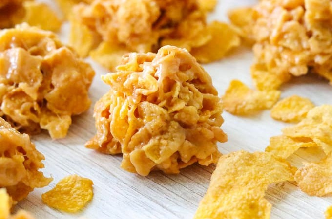 Easy Peanut Butter Cornflake Cookies