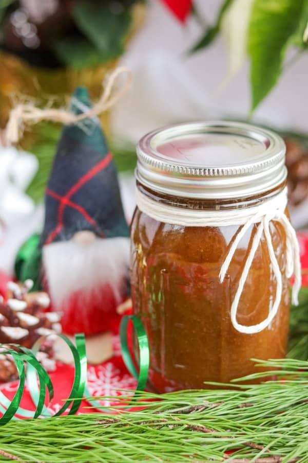 A jar of Vanilla Brown Sugar Scrub.
