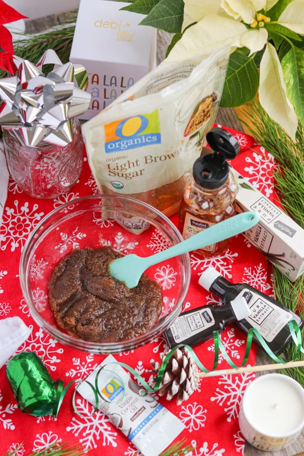 Making a Christmas gifts at home with kitchen ingredients.