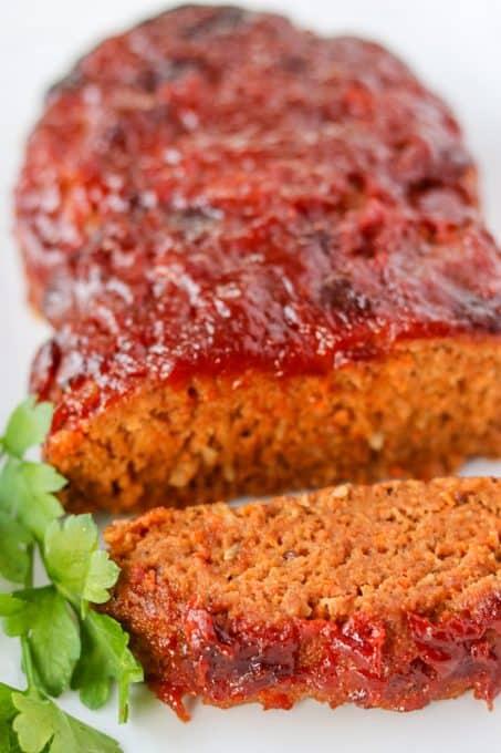 Sliced Easy Meatloaf recipe.